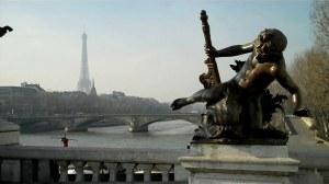 Paris, place de la Concorde et pont Alexandre III 0 04 33-10