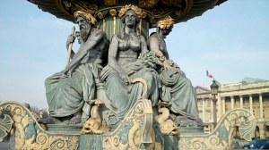 Paris, place de la Concorde et pont Alexandre III 0 02 33-01