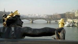 Paris, place de la Concorde et pont Alexandre III 0 05 32-05