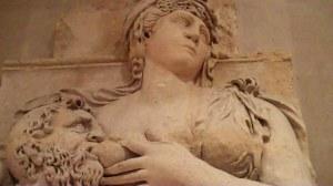 Paris, le Louvre, antiquités (1 2) 0 00 27-02