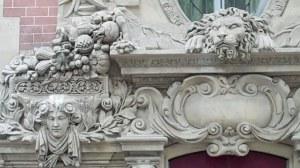 Paris, au mois d'août dans le quartier latin et l'ile de la cité 0 09 40-05