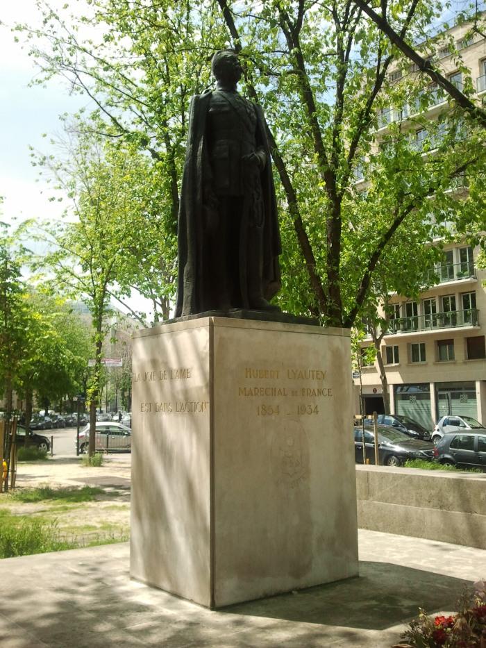 Stèle de Liautey à PAris